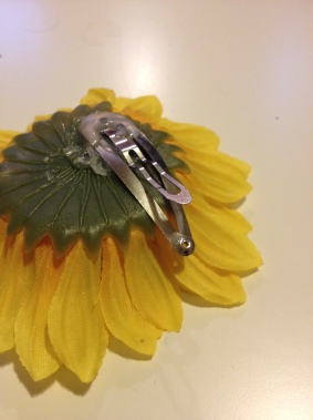 Clip on Back of Flower